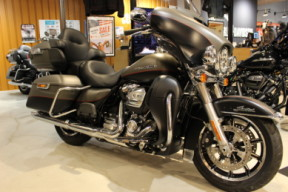 2019 Harley-Davidson® Ultra Limited thumb 1