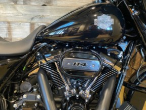 2021 Harley-Davidson® Street Glide® Special thumb 2