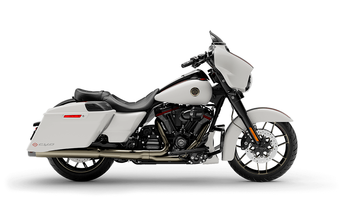 2021 Harley-Davidson® CVO™ Street Glide® Great White Pearl & Black Hole