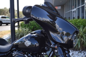 2021 Harley-Davidson® Street Glide® Special-FLHXS thumb 2