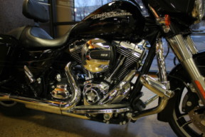Black 2015 Harley-Davidson® Street Glide® Special FLHXS thumb 2