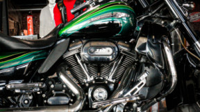 STREET GLIDE SCREAMING 2011 thumb 2