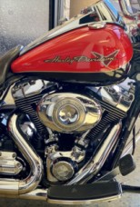 Scarlet Red/Vivid Black 2010 Harley-Davidson® Road King® FLHR thumb 1