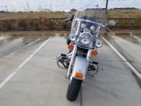 2010 Harley-Davidson<sup>®</sup> Heritage Softail<sup>®</sup> Classic FLSTC  thumb 2