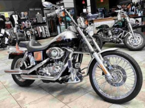 100th Anniversary Dyna Wide Glide thumb 3
