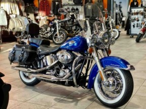 2011 Harley-Davidson® Heritage Softail® Classic thumb 3