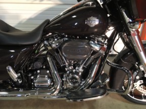 FLHXS 2021 Street Glide® Special thumb 3