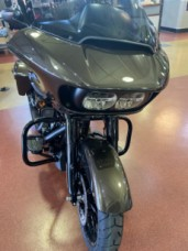2020 Harley-Davidson® Road Glide® Special River Rock Gray thumb 2
