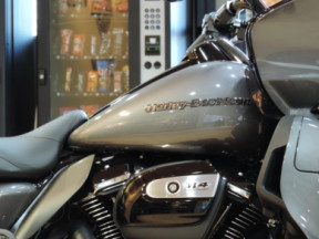 2021 Harley-Davidson HD Touring FLTRK Road Glide Limited thumb 2
