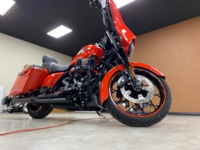 2020 Harley-Davidson® Street Glide® Special Performance Orange thumb 1