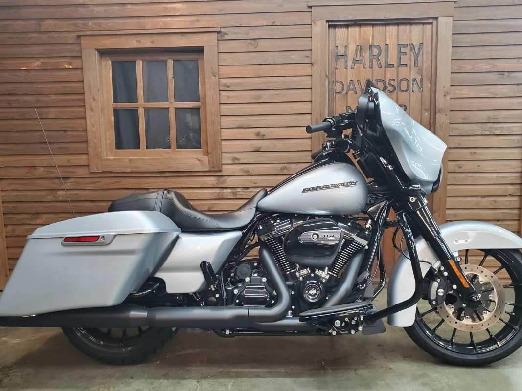 2019 Harley-Davidson<sup>®</sup> Street Glide<sup>®</sup> Special