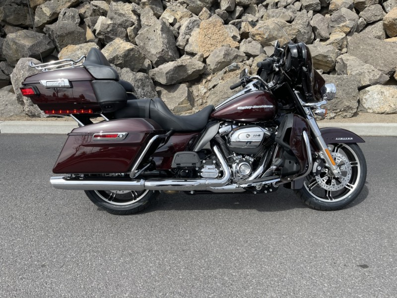 2021 Harley-Davidson® Ultra Limited Midnight Crimson