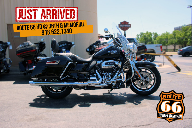 2019 Harley-Davidson® Road King® Black FLHR