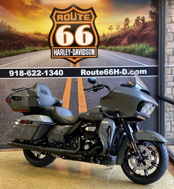 Gauntlet Gray Metallic – Black Finish 2021 Harley-Davidson® Road Glide® Limited FLTRK