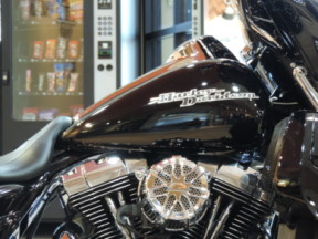 2016 Harley-Davidson® HD Touring FLHXS Street Glide® Special Stage IV Motor thumb 2