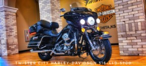 2010 Harley-Davidson® Electra Glide® Ultra Classic® : FLHTCU for sale near Wichita, KS thumb 2