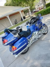2001 Honda Gold Wing thumb 0